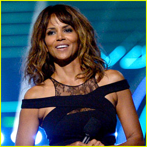 Halle Berry Responds to Fan's Comment About Hiding Her Kids