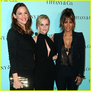 Jennifer Garner, Reese Witherspoon, & Halle Berry Meet Up at Tiffany & Co. Party!
