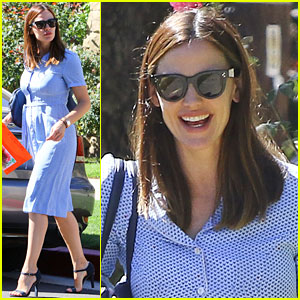 Jennifer Garner Will Campaign for Hillary Clinton in Reno!