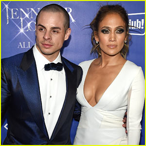 Jennifer Lopez Broke Up With Casper Smart Because He Cheated on Her (Report)