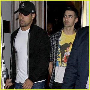 Joe Jonas Hangs With Wilmer Valderrama & Chord Overstreet