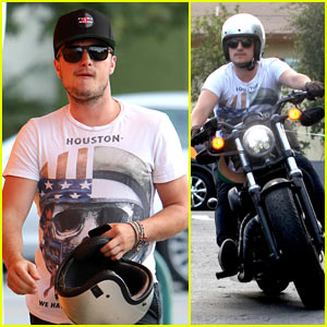 Josh Hutcherson Looks Buff While Out on His Motorcycle!