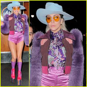 Lady Gaga Performs 'A-Yo' & 'Million Reasons' on SNL (Videos)