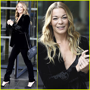 LeAnn Rimes Gives Pointers on How to Get a Tight Tush