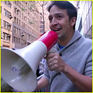Lin-Manuel Miranda Surprises Fans in 'SNL' Standby Line!