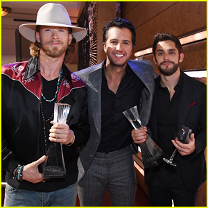 Luke Bryan & Thomas Rhett Buddy Up At CMT's Artists of the Year Awards 2016!