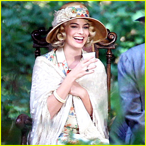 Margot Robbie Gets Into Character for 'Christopher Robin' Movie