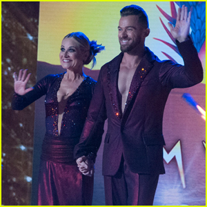Maureen McCormick Dances with Cirque du Soleil for 'DWTS' Week 4 - Watch Now!