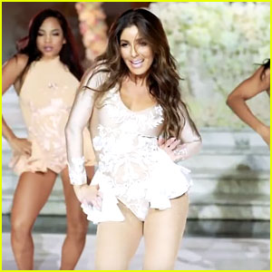 Melissa Molinaro Dances to Beyonce in Amazing Wedding Performance - Watch Now!