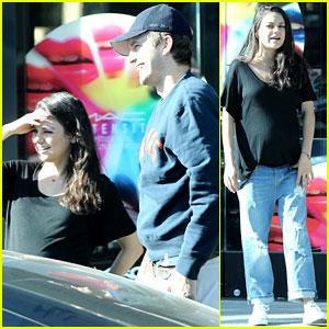 Mila Kunis & Ashton Kutcher Have a Family Breakfast!