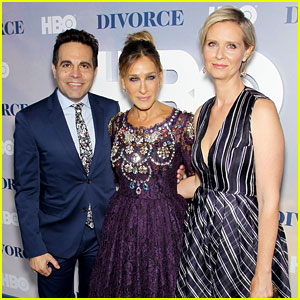 Sarah Jessica Parker Has Mini 'Sex & The City' Reunion at HBO's 'Divorce' Premiere!