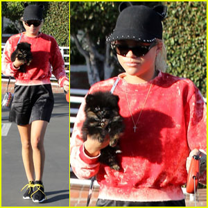 Sofia Richie Brings Her Cute Dogs to Lunch at Fred Segal