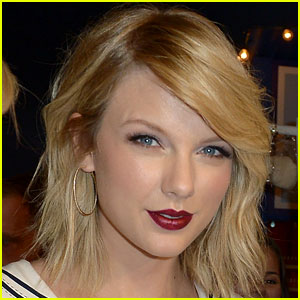 Taylor Swift Celebrates 10 Year Anniversary of First Album!