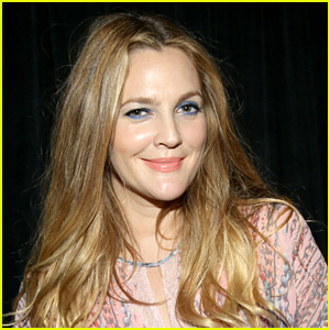Drew Barrymore Sends Love to Her BFFs with Super Sweet Note
