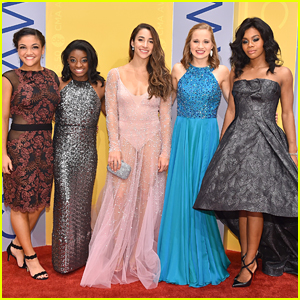 Simone Biles & Gabby Douglas Hit CMA Awards 2016 with Final Five