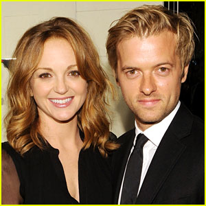 Glee's Jayma Mays Welcomes Baby Boy Jude (Report)