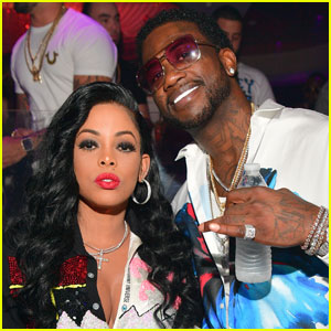 VIDEO: Rapper Gucci Mane Proposes to Girlfriend Keyshia Ka'oir on Kiss Cam!