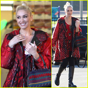 Gwen Stefani Takes Her Family Thanksgiving Dinner Shopping