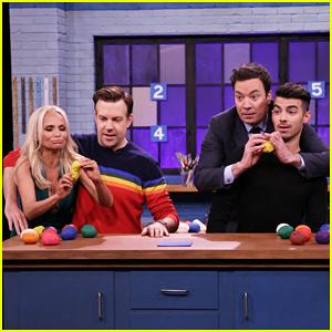 VIDEO: Jason Sudeikis & Kristin Chenoweth Face Off Against Jimmy Fallon & Joe Jonas In Tandem Sculptionary!