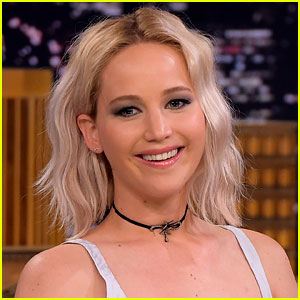 Jennifer Lawrence FaceTimes with Fans via Boyfriend Darren Aronofsky on Election Day!