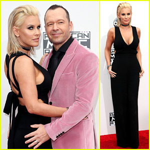 Jenny McCarthy & Husband Donnie Wahlberg Heat Up American Music Awards 2016 Red Carpet!