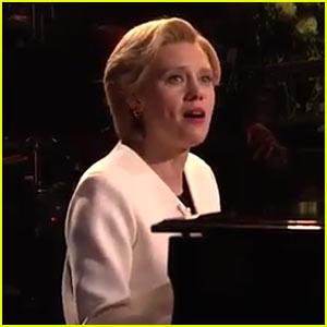VIDEO: Kate McKinnon's Hillary Clinton Performs Leonard Cohen's 'Hallelujah' on 'SNL'