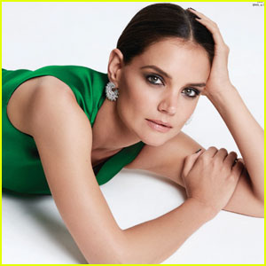 Katie Holmes Makes Sure She's a 'Dependable Mom' to Suri
