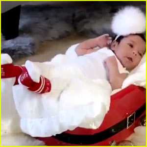 VIDEO: Rob Kardashian's Daughter Dream is Modeling His Sock Line!