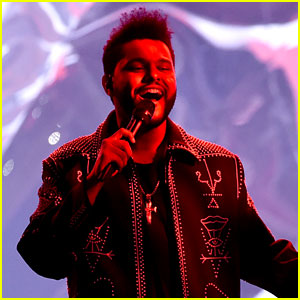 VIDEO: The Weeknd's AMAs 2016 Performance of 'Starboy' Is Amazing!
