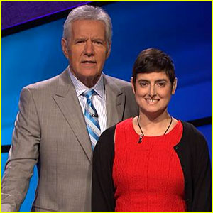 VIDEO: Alex Trebek Pays Tribute to Late 'Jeopardy' Contestant Cindy Stowell