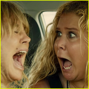 VIDEO: Amy Schumer & Goldie Hawn's 'Snatched' Gets a Hilarious First Trailer!