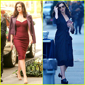 Anne Hathaway Looks Stunning During 'Ocean's Eight' Filming