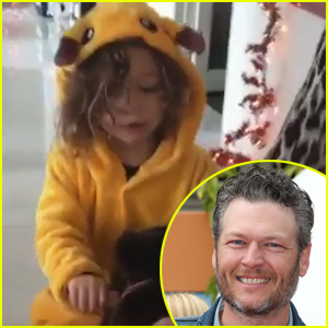 Blake Shelton Gets Festive With Gwen Stefani's Son Apollo