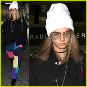VIDEO: Cara Delevingne Attended a Santa-Themed Rave Party!