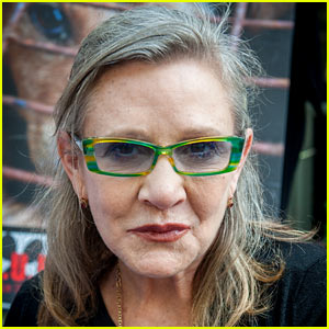 Carrie Fisher's Autopsy Reportedly on Hold While Family Makes Decisions