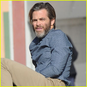 Chris Pine Sports Major Scruff on 'A Wrinkle in Time' Set