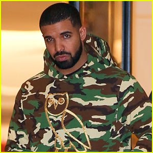 Drake Goes Shopping After Making Billboard's Hot 100 Artists of the Year!