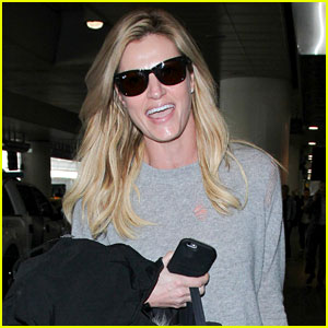 VIDEO: Erin Andrews Confirms Engagement, Debuts Her Ring!