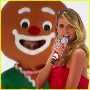 VIDEO: Heidi Klum Sings 'Santa Baby' on 'America's Got Talent' Holiday Special 2016