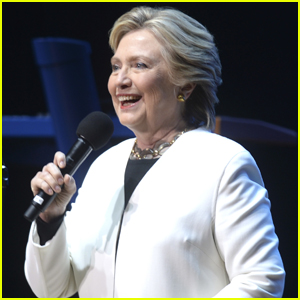 Hillary Clinton Pens Touching Holiday Note to Supporters