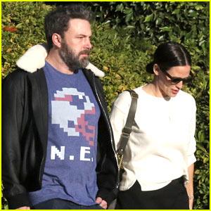 Jennifer Garner & Ben Affleck Spend a Friendly Afternoon Together