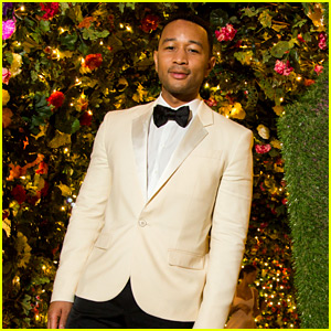 John Legend Performs New Year's Eve Show in St. Barts with Wife Chrissy Teigen By His Side!