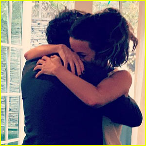 Kate Beckinsale Captures Michael Sheen's 'Appropriate Fatherly Response' to Daughter Lily's College Acceptance!