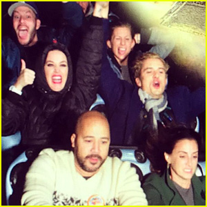 Katy Perry & Orlando Bloom Hold Hands on Hyperspace Mountain at Disneyland!