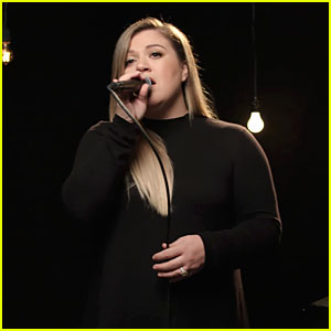 VIDEO: Kelly Clarkson's Latest 'It's Quiet Uptown' Live Performance Will Break Your Heart
