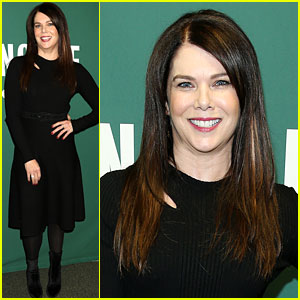 Lauren Graham Explains Why She May Never Watch the 'Gilmore Girls' Revival