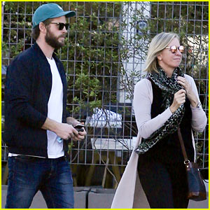 Liam Hemsworth Enjoys Lunch With His Parents in Malibu
