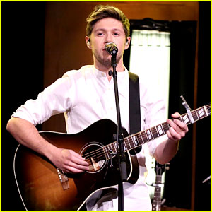 VIDEO: Niall Horan Performs 'This Town' on 'The Tonight Show'