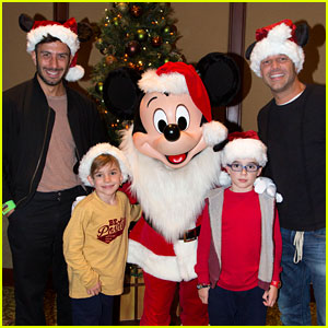 Ricky Martin Brings Twins to Disneyland with Fiance Jwan Yosef!