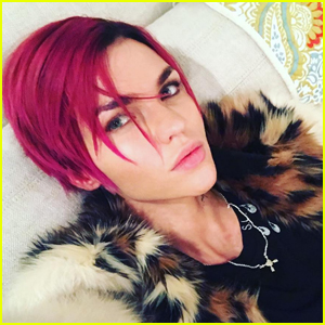 Ruby Rose Dyes Her Hair Bright Pink!